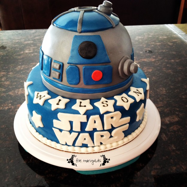 Star Wars Birthday Party Custom R2D2 Fondant Cake | Five Marigolds