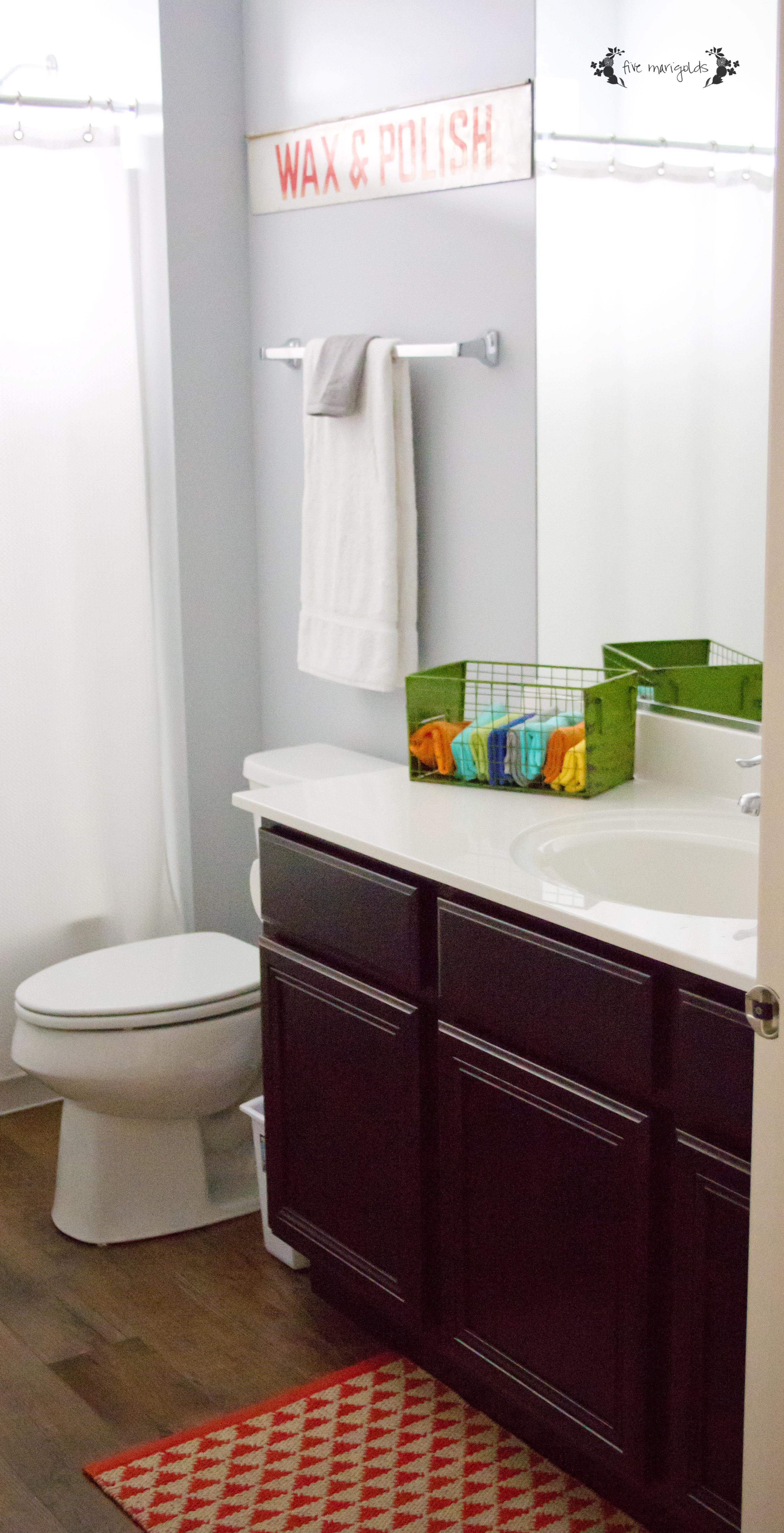 Vintage Star Wars Boy Bathroom | Five Marigolds